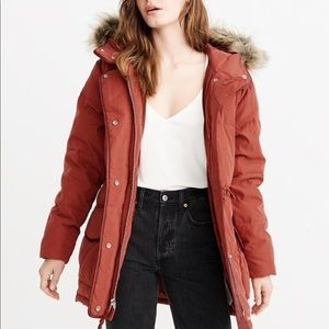Abercrombie Faux fur hooded puffer jacket (NEW)